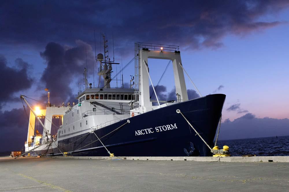 arctic-slide-boat1